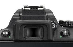 Nikon_D5300_vs_D5100_vs_D5200_D5300_mirino